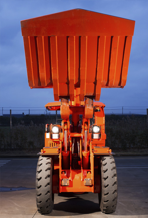 Sandvik LH202 raises the bar for narrow-vein loaders by delivering a three-tonne payload for tunnel widths of two metres and above.