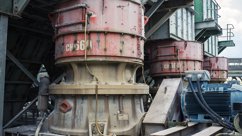 <p>Tarkwa has relied on Sandvik crushers for more than 20 years, and the CIL plant today features six Sandvik CH660 tertiary crushers and two Sandvik CS660 secondary crushers.</p>